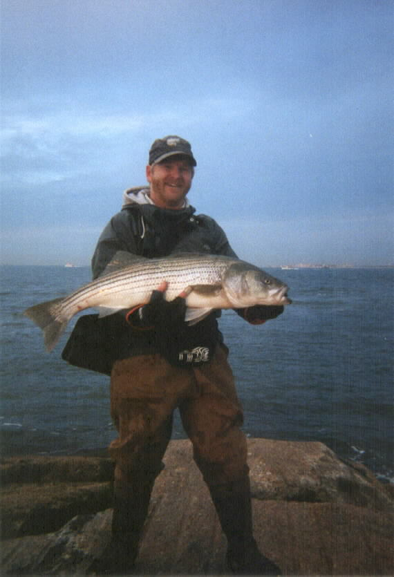 Sample photo gallery for Striper fishing at night